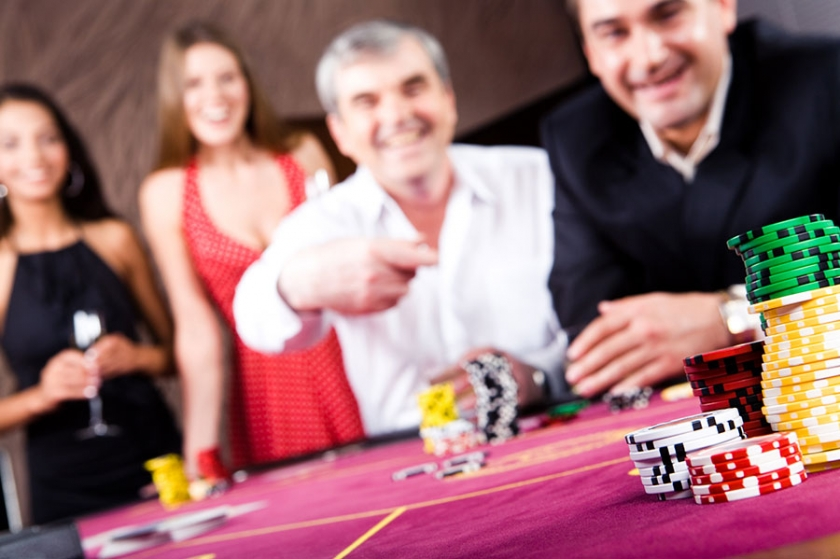 How to Run a Casino Night Fundraiser